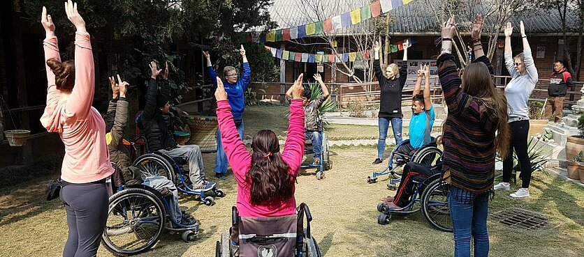 Novoferm wspiera obóz rehabilitacyjny w Nepalu